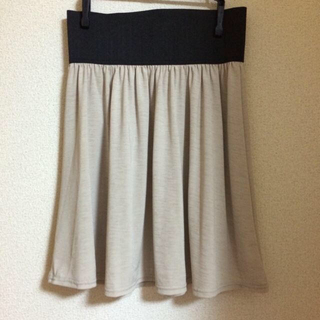 ジエンポリアム(THE EMPORIUM)の2wayスカート(ひざ丈スカート)