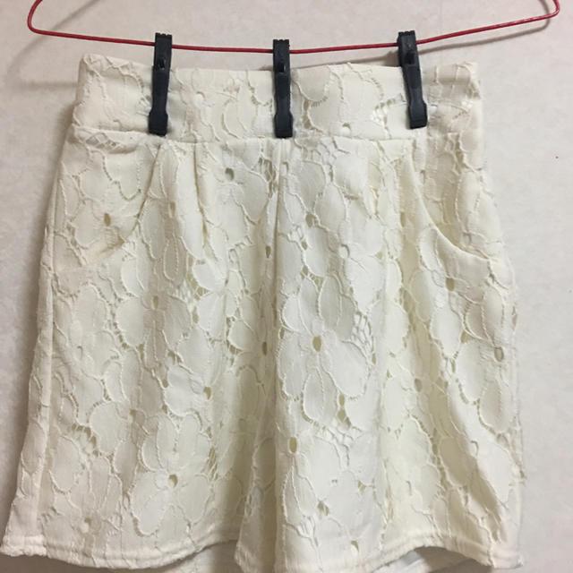 ショートパンツ 白レース レディースのパンツ(ショートパンツ)の商品写真