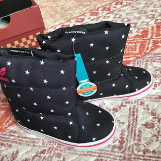 アディダス(adidas)のアディダス ブーツ 星柄  13cm(ブーツ)