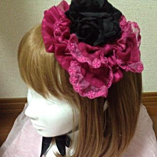 アリスアンドザパイレーツ(ALICE and the PIRATES)の黒バラ×ワインリボンの丸型ヘッドドレス(ヘアバンド)