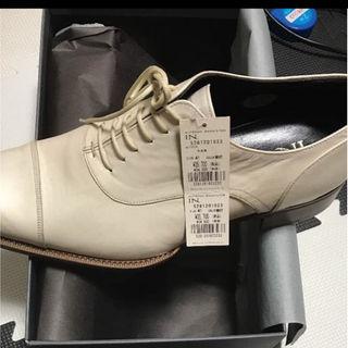 アルフレッドバニスター(alfredoBANNISTER)の【新品未使用】アルフレッドバニスター 白革靴(ドレス/ビジネス)