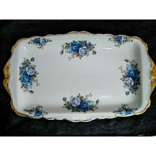 ロイヤルアルバート(ROYAL ALBERT)のロイヤルアルバートのブルーの薔薇皿(食器)