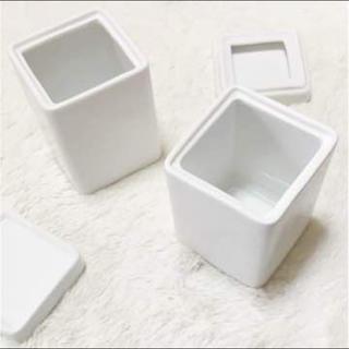 フランフラン(Francfranc)のフランフラン❤️新品❤️陶器❤️小物入れ(容器)