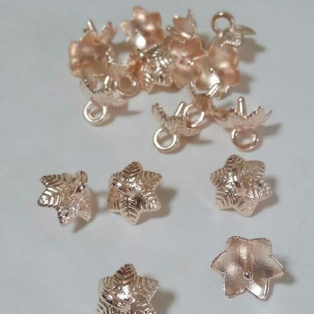 ガラスドーム用キャップ落ち葉型10個ローズゴールド ハンドメイドの素材/材料(各種パーツ)の商品写真