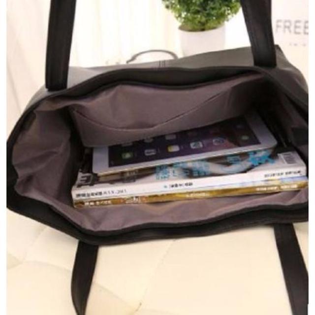 お買い得!いいね゚♡゚ブラックレザーのトートバック  レディースのバッグ(トートバッグ)の商品写真