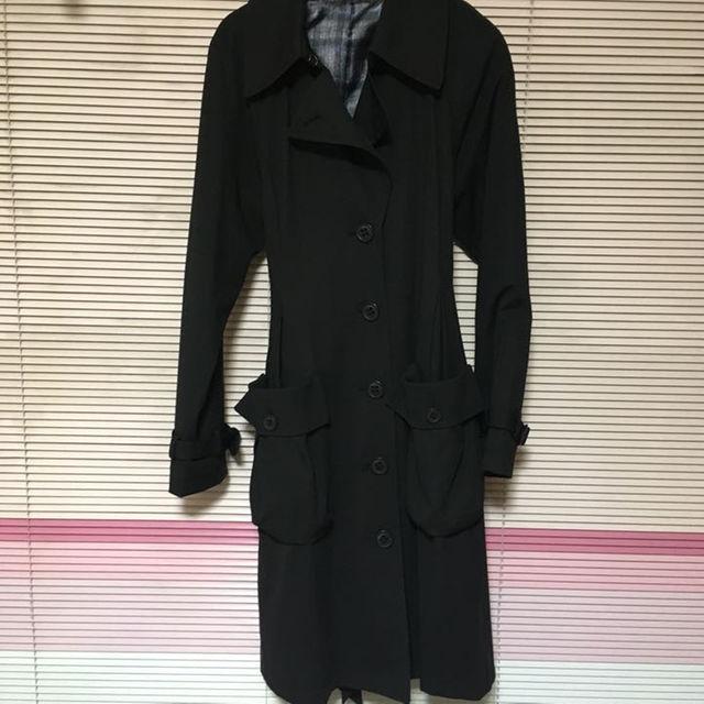 ミッテンテ☆黒☆トレンチコート レディースのジャケット/アウター(トレンチコート)の商品写真