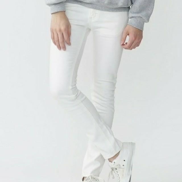 Lee(リー)の新品 Lee × ナノ・ユニバース 別注 スキニージーンズ XS 白 ホワイト メンズのパンツ(デニム/ジーンズ)の商品写真