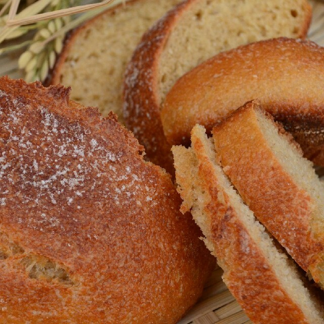 米糠カンパーニュ 4個いり 食品/飲料/酒の食品(パン)の商品写真