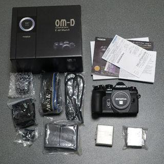 オリンパス(OLYMPUS)のOlympus E-M1 mark II 保証残 追加バッテリー 送料込み(ミラーレス一眼)
