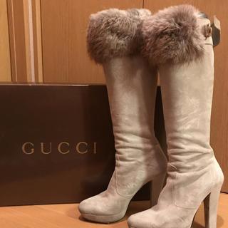 グッチ(Gucci)のGUCCIファーブーツ(ブーツ)