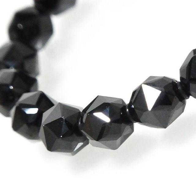 *ブラックスピネル(別名ブラックダイヤモンド)スターカット・ブレスレット。 メンズのアクセサリー(ブレスレット)の商品写真