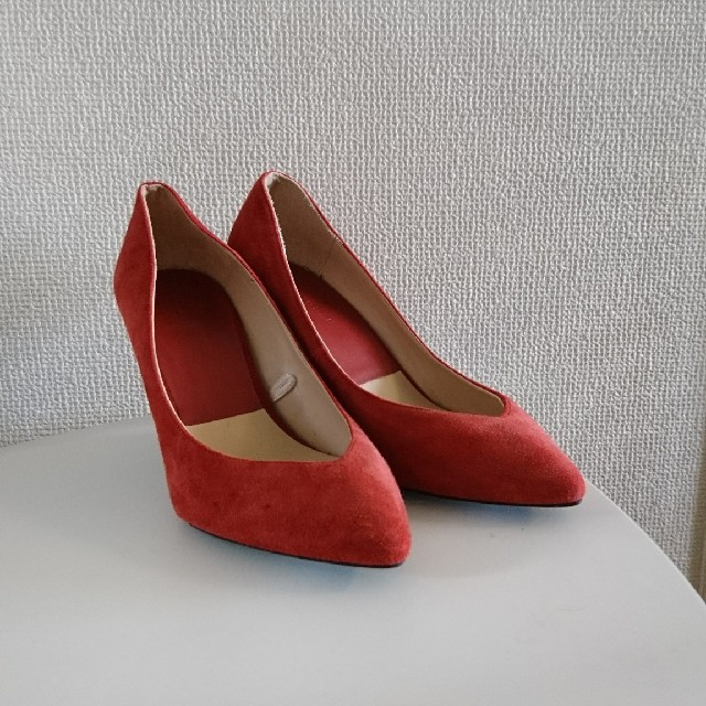 ZARA(ザラ)のZARA スウェードパンプス 37 レディースの靴/シューズ(ハイヒール/パンプス)の商品写真
