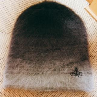 ヴィヴィアンウエストウッド(Vivienne Westwood)のヴィヴィアン 帽子(ニット帽/ビーニー)