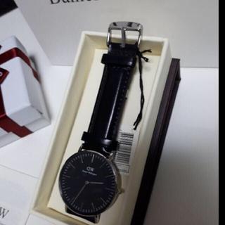 ダニエルウェリントン(Daniel Wellington)のダニエルウェリントン40mm☆ブラックシルバー リボンbox(腕時計(アナログ))