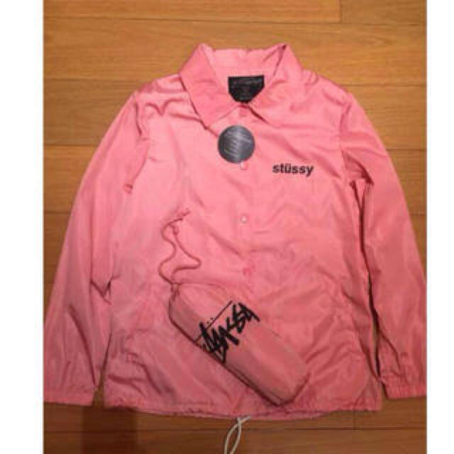 STUSSY(ステューシー)のStussy woman コーチジャケット レディースのジャケット/アウター(ナイロンジャケット)の商品写真