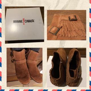 ミネトンカ(Minnetonka)のミネトンカMINNETONKAランチョブーツフリンジスエードショートブーツ新品(ブーツ)