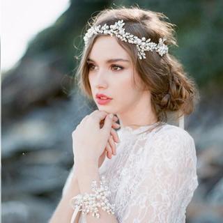【新品】パール×ビジューのヘッドドレス(カチューム)♡リーフモチーフ♡(ウェディングドレス)