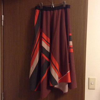 アーモワールカプリス(armoire caprice)のl'armoire de luxe☆アシンメトリースカート☆ウール混(ロングスカート)