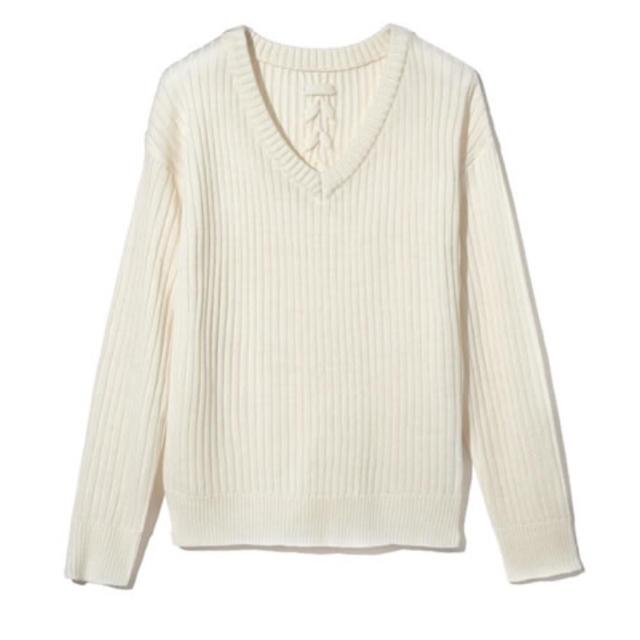 白ニット レディースのトップス(ニット/セーター)の商品写真