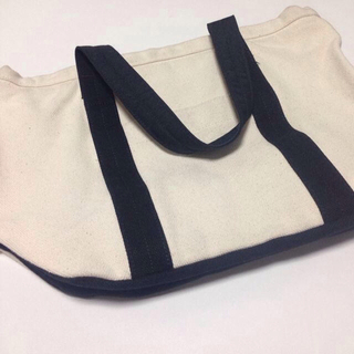 ムジルシリョウヒン(MUJI (無印良品))のキャンバストートバッグ(トートバッグ)