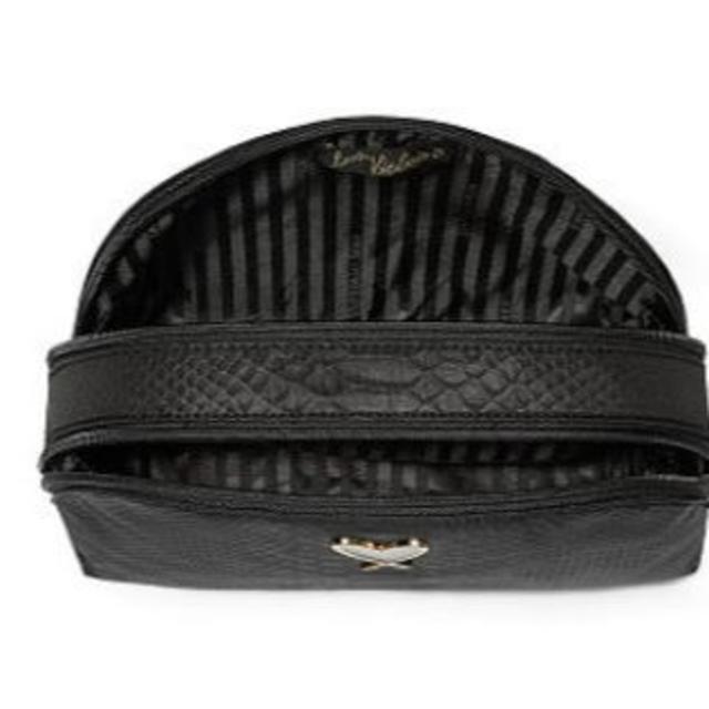 Victoria's Secret(ヴィクトリアズシークレット)の新品 ヴィクトリアシークレット コスメポーチ ブラックパイソン レディースのファッション小物(ポーチ)の商品写真