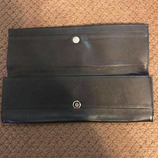 PAPILLONNER(パピヨネ)のkawa-kawa 日本製 完売品 ボタンクラッチ ブラック レディースのバッグ(クラッチバッグ)の商品写真