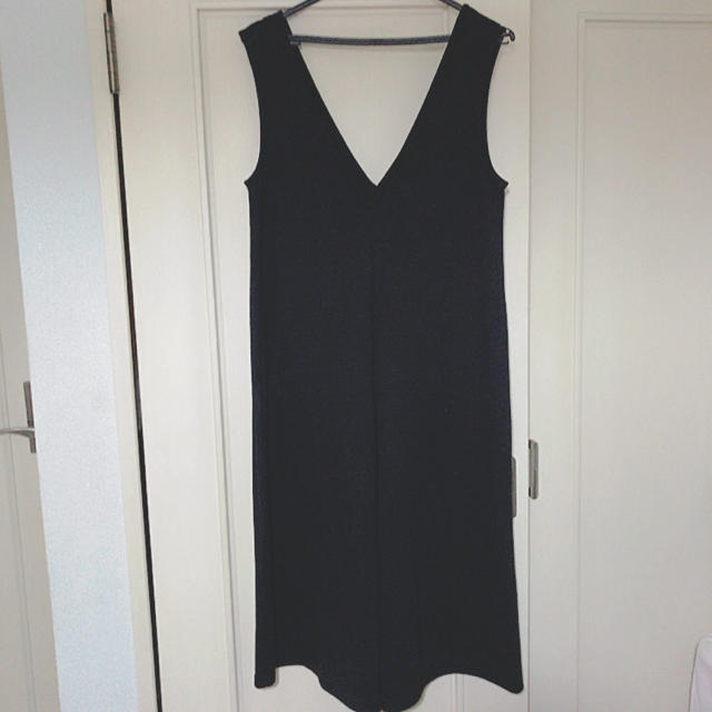 GU(ジーユー)の楽に着られる黒のサロンペット <div id=