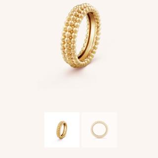 ヴァンクリーフアンドアーペル(Van Cleef & Arpels)のペルレ ゴールドパールリング 3連モデル(リング(指輪))