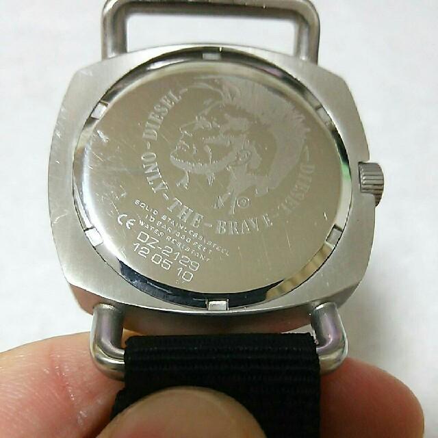 DIESEL(ディーゼル)の電池交換済み!DIESEL ディーゼル メンズ腕時計 男性用 稼働品 シルバー メンズの時計(腕時計(アナログ))の商品写真