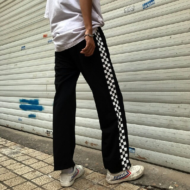 原宿   黒x白チェック柄 パンツ   レディースのパンツ(カジュアルパンツ)の商品写真