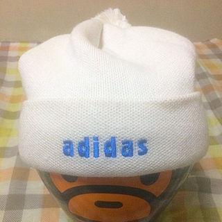 アディダス(adidas)のadidasホワイトニットキャップ(その他)