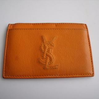イヴサンローランボーテ(Yves Saint Laurent Beaute)のイヴサンローラン ■ レザー製 ・ カードケース 名刺入れ ■ ロゴ オレンジ系(名刺入れ/定期入れ)