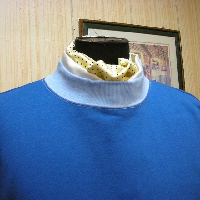XL☆ブルー&skyblue 色 クレリックスタンドクルースェットトレーナーXL メンズのトップス(スウェット)の商品写真