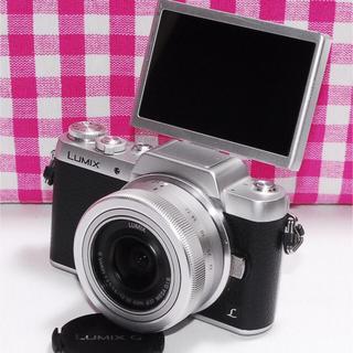 パナソニック(Panasonic)の❤自撮りも楽々&Wi-Fi機能付❤パナソニック GF7 レンズキット✨(ミラーレス一眼)