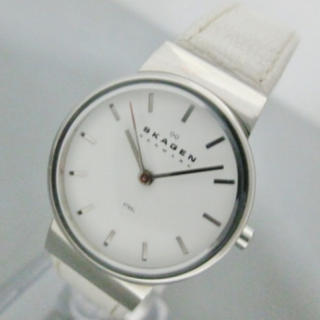 スカーゲン(SKAGEN)のSKAGEN 白 レザー 腕時計(腕時計)