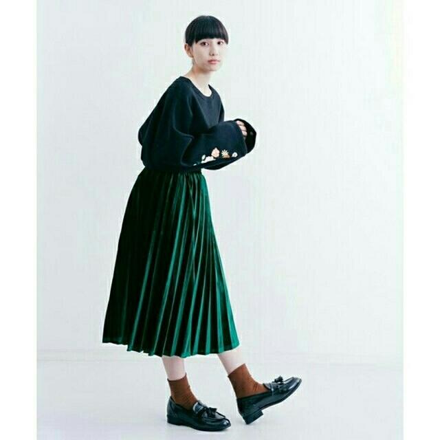 3fef54a3829e78 merlot - 秋冬新作*◌⑅⃝♡*メルロー 光沢 ベロアプリーツスカート 緑の ...