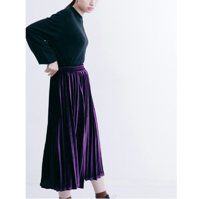 e3f0805f9b5dc5 merlot - 秋冬新作*◌⑅⃝♡*メルロー 光沢 ベロアプリーツスカート 紫の ...