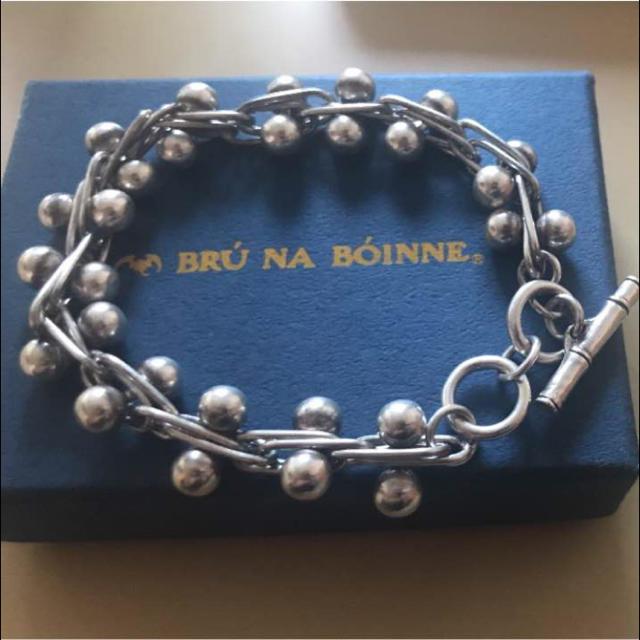 BRUNABOINNE(ブルーナボイン)のブルーナボイン ガリトラップブレス メンズのアクセサリー(バングル/リストバンド)の商品写真