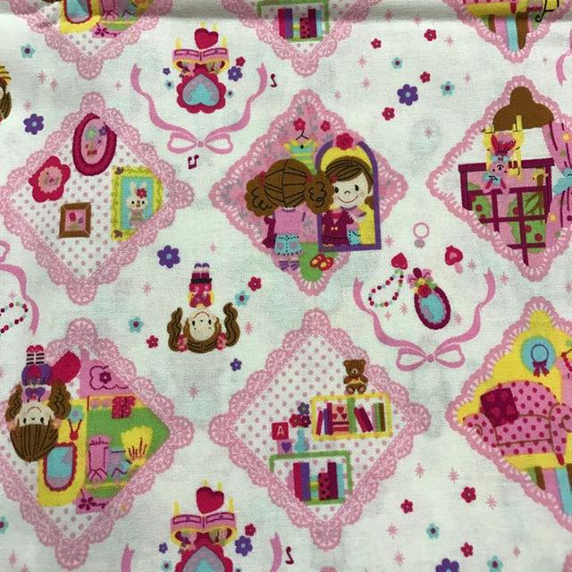 カット生地 女の子柄 ホワイト&ピンク ハンドメイドのハンドメイド その他(その他)の商品写真