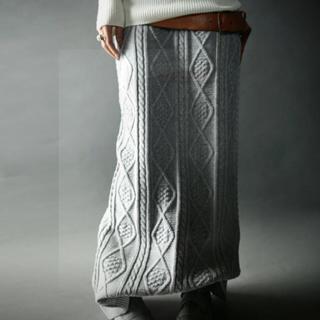 アンティカ(antiqua)の新品未使用 アンティカ  ケーブルニットロングスカート(ロングスカート)