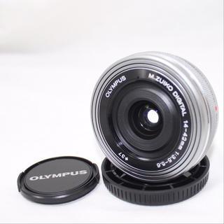 オリンパス(OLYMPUS)の❤️大人気パンケーキレンズ❤️オリンパス14-42mm EZ⭐️ほぼ新品⭐️(レンズ(ズーム))