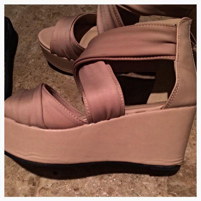 クロスベルト ヒールサンダル レディースの靴/シューズ(サンダル)の商品写真