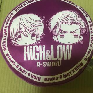 シマムラ(しまむら)のHIGH&LOW g-swordクッション 雨宮兄弟(ミュージシャン)
