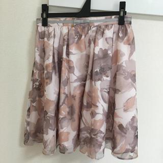 アベイル(Avail)のAvail オーガンジー 花柄スカート(ミニスカート)