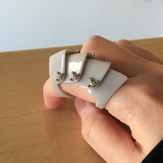 ヴィヴィアンウエストウッド(Vivienne Westwood)のVivienne Westwood アーマーリング グレー(リング(指輪))