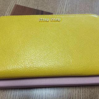 ミュウミュウ(miumiu)の☆新品☆MIUMIUラウンド財布(財布)