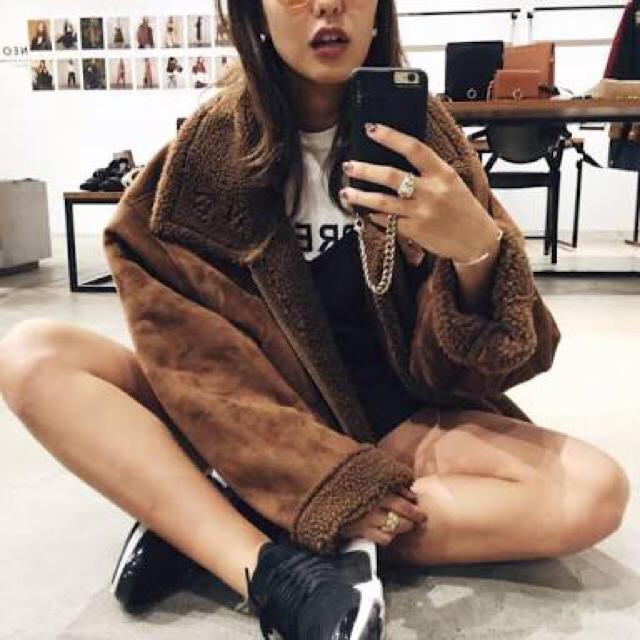 MURUA(ムルーア)のMURUA  ムートンコート ブラウン レディースのジャケット/アウター(ムートンコート)の商品写真
