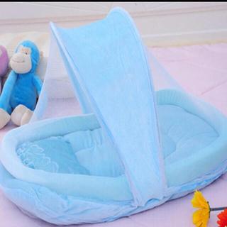 蚊帳付きベビーベットインベット ブルー(ベビーベッド)