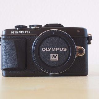 オリンパス(OLYMPUS)のOLYMPUS PEN Lite E-PL7 ブラック ほぼ新品おまけつき(その他)