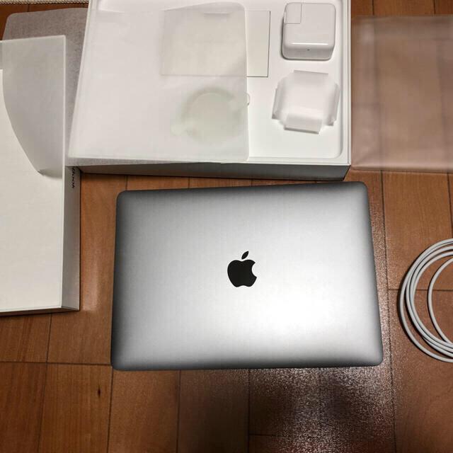Mac (Apple)(マック)のApple MacBook 12インチ 2017年モデル USキーボード 美品 スマホ/家電/カメラのPC/タブレット(ノートPC)の商品写真